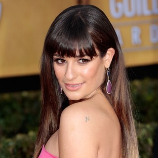 Lea Michele in 19th Annual Screen Actors Guild Awards - Arrivals - lea-michele-19th-annual-screen-actors-guild-awards-03