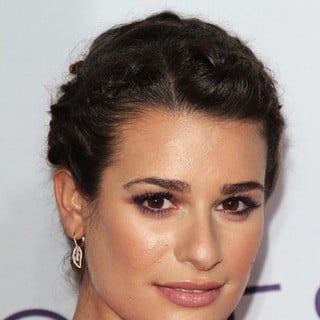 Lea Michele in People's Choice Awards 2013 - Red Carpet Arrivals