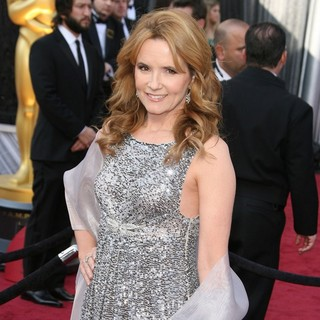 Lea Thompson in 84th Annual Academy Awards - Arrivals