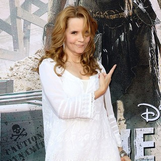 Lea Thompson in The World Premiere of Disney-Jerry Bruckheimer Films' The Lone Ranger - lea-thompson-premiere-the-lone-ranger-01