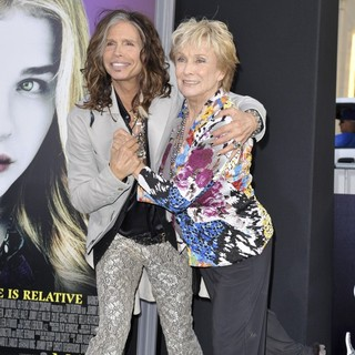 Steven Tyler, Cloris Leachman in Dark Shadows Premiere