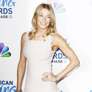 LeAnn Rimes in The 1st Annual American Giving Awards - Arrivals