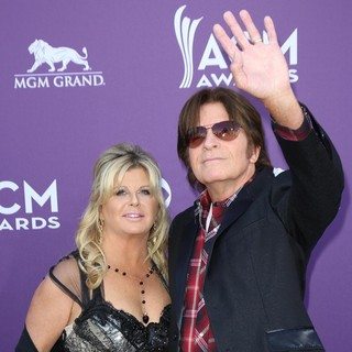 Julie Lebiedzinski, John Fogerty in 48th Annual ACM Awards - Arrivals