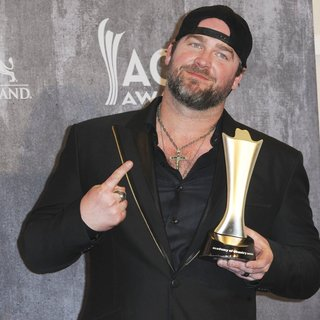 Lee Brice in 49th Annual Academy of Country Music Awards - Press Room