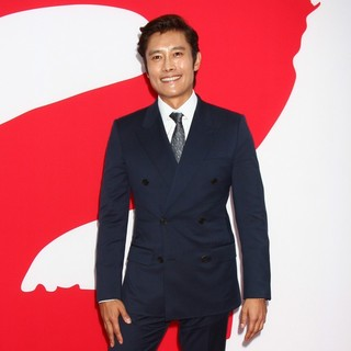 Lee Byung-hun in Los Angeles Premiere of Red 2
