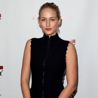 Leelee Sobieski in The New York Premiere of The Iron Lady - leelee-sobieski-premiere-the-iron-lady-01