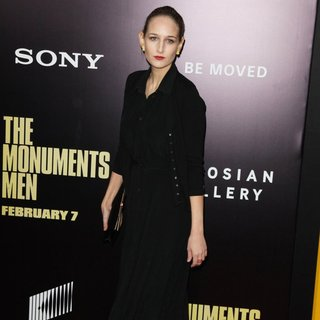 Leelee Sobieski in New York Premiere of The Monuments Men - Inside Arrivals
