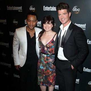 John Legend, Kelly Clarkson, Robin Thicke in Entertainment Weekly and ABC TV Celebrate The New York Upfronts with A VIP Cocktail Party - Arrivals