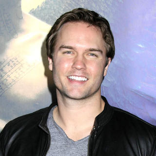 Scott Porter in World Premiere of 'Legion'
