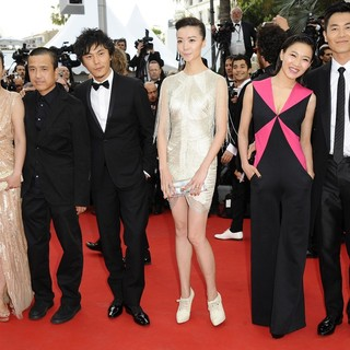 Hao Lei, Ye Lou, Qin Hao, Qi Xi, Chang Fangyuan, Zhu Yawen in Rust and Bone Premiere - During The 65th Annual Cannes Film Festival