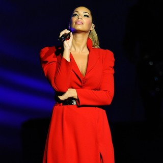 Leona Lewis in Leona Lewis Performing