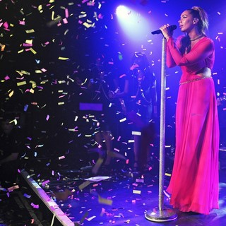 Leona Lewis in Leona Lewis Performing Live
