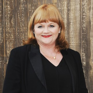 Lesley Nicol in World Premiere of Free Birds
