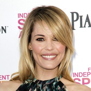 Leslie Bibb in 2013 Film Independent Spirit Awards - Arrivals - leslie-bibb-2013-film-independent-spirit-awards-02
