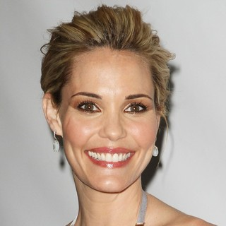 Leslie Bibb in Disney ABC Television Group Hosts TCA Winter Press Tour - Arrivals