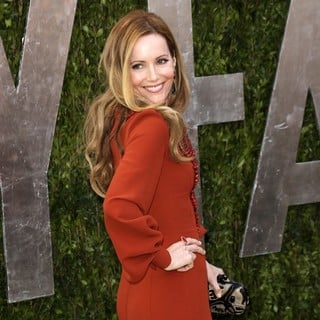 Leslie Mann in 2013 Vanity Fair Oscar Party - Arrivals