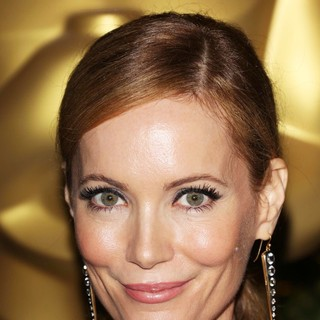 Leslie Mann in The Academy of Motion Pictures Arts and Sciences' 4th Annual Governors Awards - Arrivals