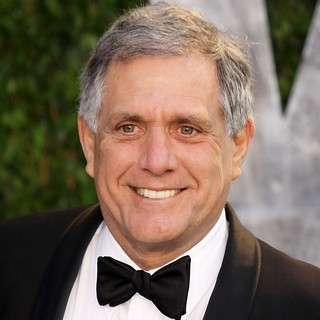 Leslie Moonves in 2012 Vanity Fair Oscar Party - Arrivals