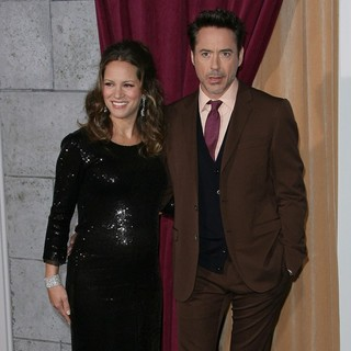 Susan Levin, Robert Downey Jr. in Los Angeles Premiere of Sherlock Holmes: A Game of Shadows