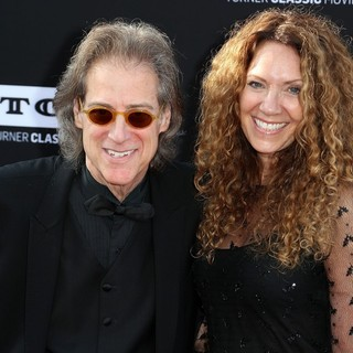 Richard Lewis, Joyce Lapinsky in 41st AFI Life Achievement Award Honoring Mel Brooks - Red Carpet