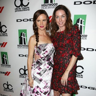 Juliette Lewis, Julianne Nicholson in The 17th Annual Hollywood Film Awards