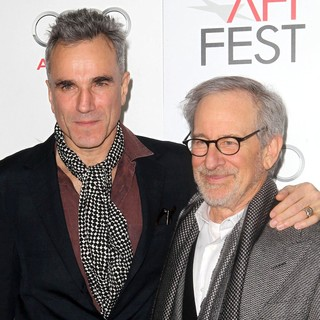 Daniel Day-Lewis, Steven Spielberg in 2012 AFI Fest - Lincoln Premiere - Arrivals