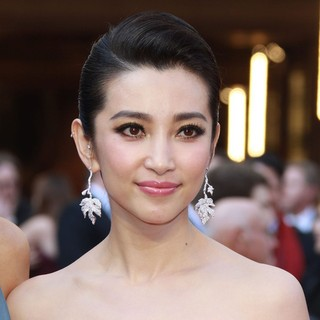 Li Bingbing in 84th Annual Academy Awards - Arrivals