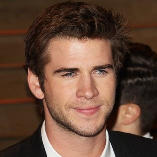 Liam Hemsworth in 2014 Vanity Fair Oscar Party