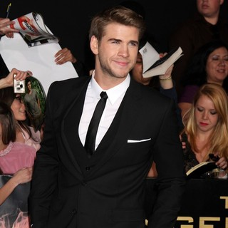 Liam Hemsworth in Los Angeles Premiere of The Hunger Games - Arrivals