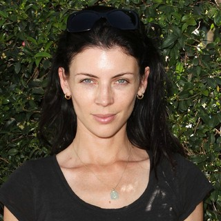 Liberty Ross in Byron and Tracey Beauty Bar Event