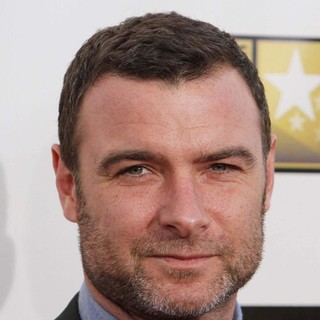 Liev Schreiber in 18th Annual Critics' Choice Movie Awards