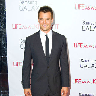 Josh Duhamel in New York Premiere of 'Life as We Know It' - Arrivals