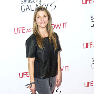 Kathryn Erbe in New York Premiere of 'Life as We Know It' - Arrivals