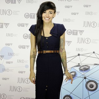 LIGHTS in 2012 JUNO Awards - Arrivals