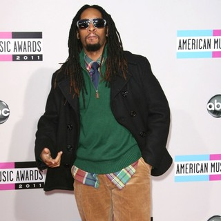 Lil Jon in 2011 American Music Awards - Arrivals - lil-jon-2011-american-music-awards-04