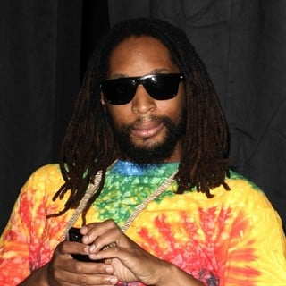 Lil Jon in 2014 iHeartRadio Music Awards - Press Room