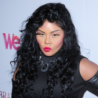 Lil' Kim in WE TV's Premiere of Braxton Family Values