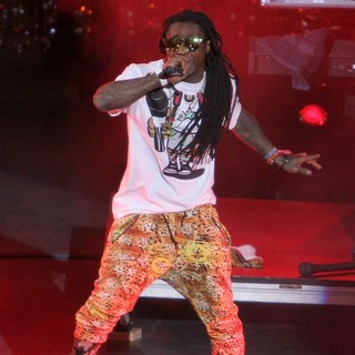 Lil Wayne - Escape to Total Rewards Los Angeles - Performances