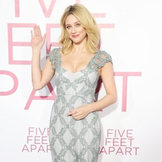 Lili Reinhart in Film Premiere Five Feet Apart