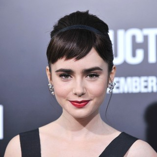 Lily Collins in The Premiere of Abduction - Arrivals