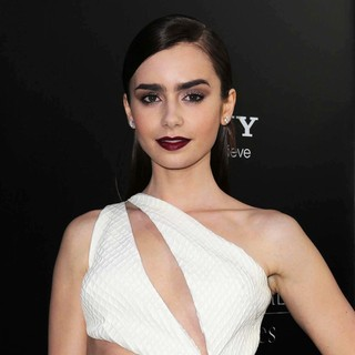 Lily Collins in Premiere of Screen Gems and Constantin Films' The Mortal Instruments: City of Bones - lily-collins-premiere-the-mortal-instruments-city-of-bones-03