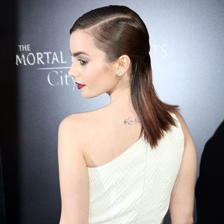 Lily Collins in Premiere of Screen Gems and Constantin Films' The Mortal Instruments: City of Bones