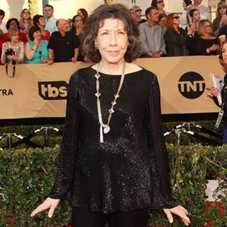 Lily Tomlin in 23rd Annual Screen Actors Guild Awards - Arrivals