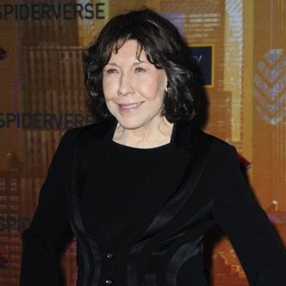 Lily Tomlin in Spider-Man: Into the Spider-Verse Premiere - Arrivals