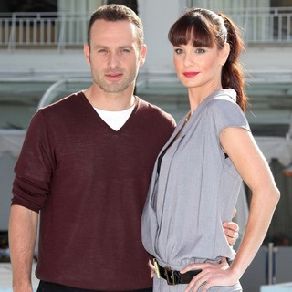 Andrew Lincoln, Sarah Wayne Callies in 2010 MIPCOM - The Walking Dead - Photocall