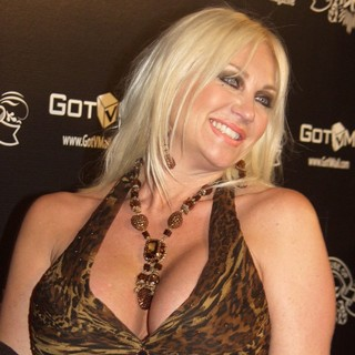 Linda Hogan in House of Hype