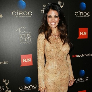 Lindsay Hartley in The 40th Annual Daytime Emmy Awards - Arrivals