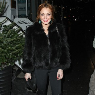 Lindsay Lohan - Lindsay Lohan Arrives at Nozomi Restaurant with Her Minder and Some Friends