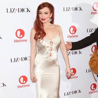 The Premiere of Liz and Dick - lindsay-lohan-premiere-liz-dick-09