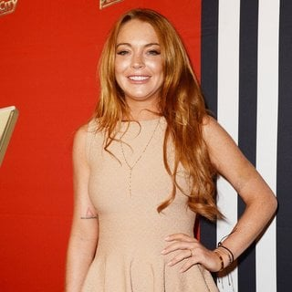 Lindsay Lohan in A Press Conference for The 9th White Party